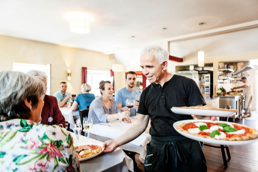 Pizzeria Haecklingen Kellner